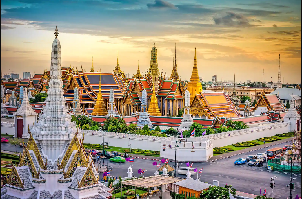 Grand palace a must visit place in Thailand